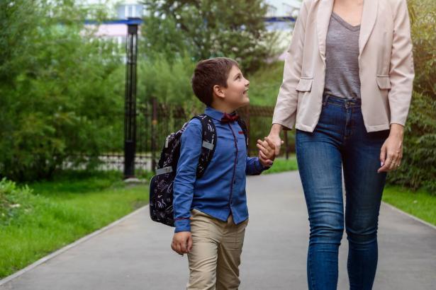 مع اقتراب العام الدراسي: كيف أجهز طفلي نفسيا للصف الأول؟