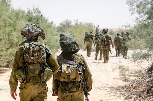 الجيش الاسرائيلي: شن غارات على عدة أهداف تابعة لمنظمة حماس في قطاع غزة