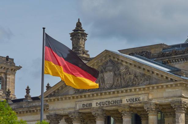 ألمانيا: أكثر من 1100 حالة إصابة جديدة بفيروس كورونا في اليوم