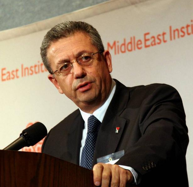 في ظل المشهد العربي ماذا سنفعل نحن كفلسطينيين؟ حديث اذاعة الشمس مع د. مصطفى البرغوثي