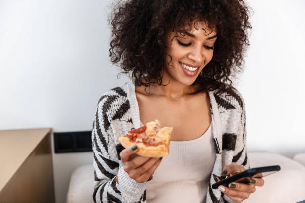 الأكل العاطفي في فترة كورونا