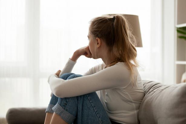 كيف نتعامل مع المراهقين خلال فترة الحجر المنزلي؟