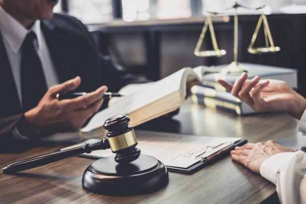تشكيل لجنة تنظم مسار التدريب للمحامين بشكل نهائي
