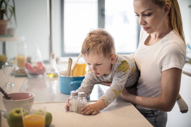 آليات وطرق للتعامل مع الأطفال بعد دخولهم للحجر المنزلي