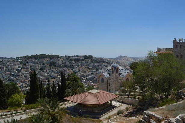 القدس: تدهور خطير يطرأ على الوضع الصحي وارتفاع في عدد الإصابات بفيروس كورونا
