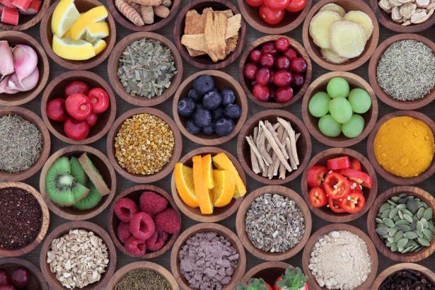 كيف يمكننا أن ندير نظامنا الغذائي خلال فترة الاغلاق؟