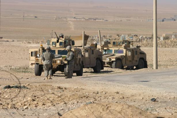مقتل 7 عراقيين في هجومين مسلحين ببغداد والبصرة