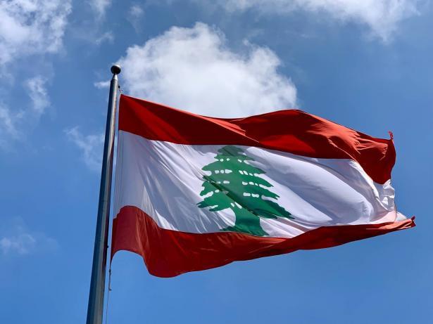 لبنان منهك ولا اهتمام شعبي في مفاوضات ترسيم الحدود البحرية