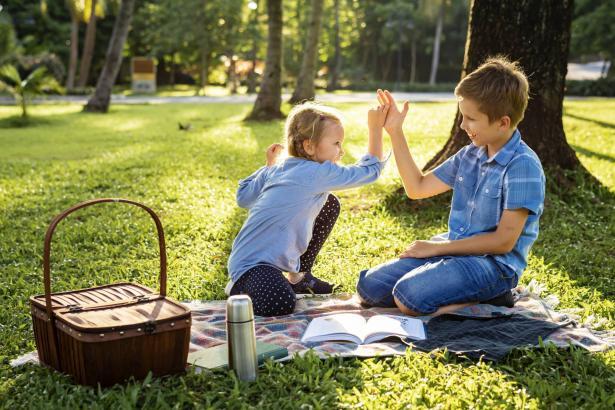 اليوم العالمي للتسامح - 16 نوفمبر: كيف نرسخ قيمة التسامح وقبول الآخر في شخصيات أطفالنا!؟