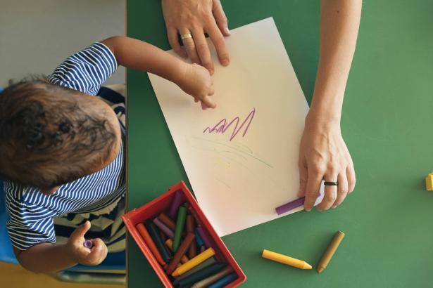 كيف نحلل رسومات الأطفال التي تحتوي على مضمون جنسي!؟