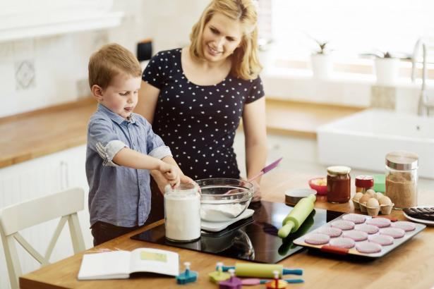 كيف نربي أطفالنا بطرق تجعلهم سعداء وايجابيين؟