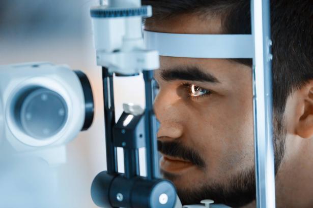 قصر النظر، اسباب، أعراض وطرق علاج