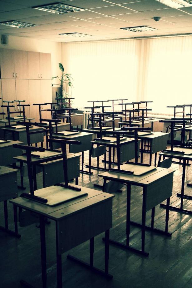 اضراب بمدرسة في عرب المزاريب بسبب تصرفات مديرة المدرسة!