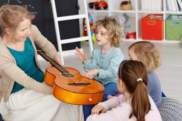 هل تزيد الموسيقى من قوة تركيز الأطفال؟