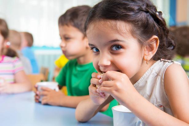معطيات مقلقة: 64% من الأطفال العرب يعانون من انعدام الأمن الغذائي بدرجة خطيرة