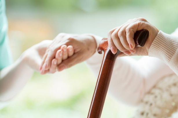 الاضطرابات النفسية لدى المسنين بعد التغيرات التي فرضتها جائحة كورونا!