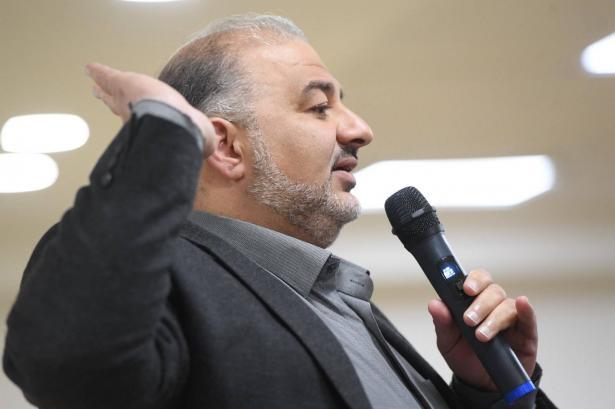 د. منصور عباس: صُدمنا مما حصل بالأمس وأطالب الجبهة والتجمع بالإعتذار