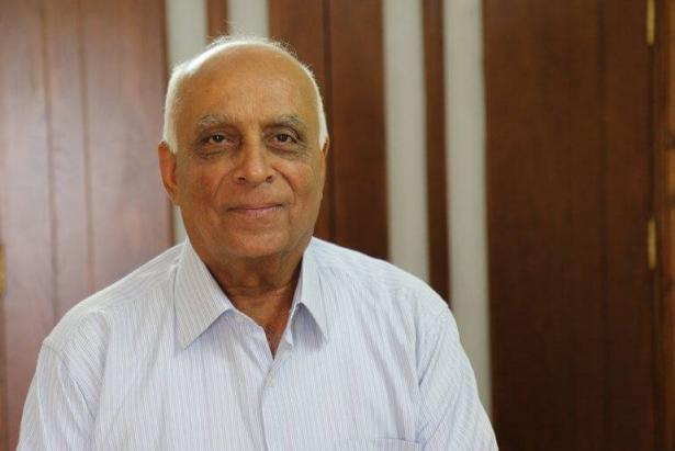 وفاة المحلل السياسي الفلسطيني عبد الستار قاسم متأثرا بإصابته بفيروس كورونا