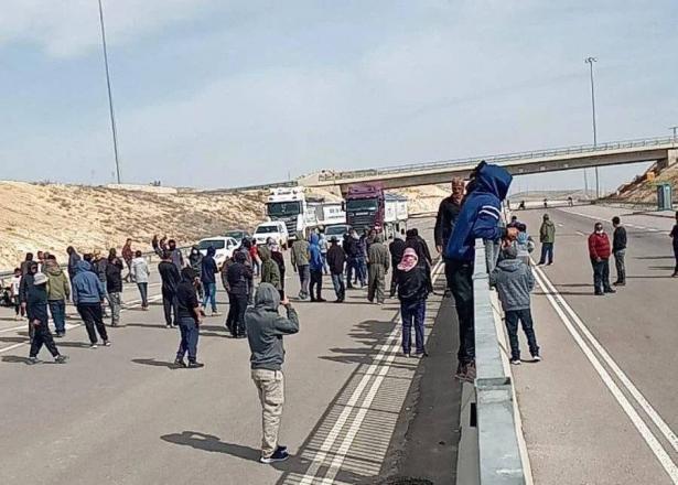 اعتقالات بعد الاحتجاج على تجريف المحاصيل بالنقب