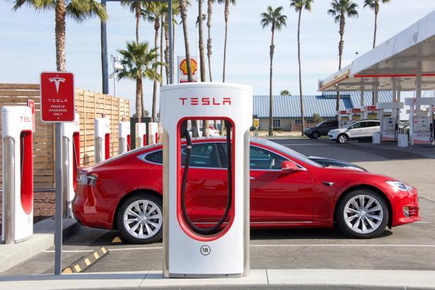 السيارات الكهربائية: حقيقة ستغيّر واقع العالم...