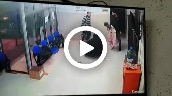 فيديو يوثق لحظة إنقاذ طبيب لطفلة كانت على وشك الموت اختناقا