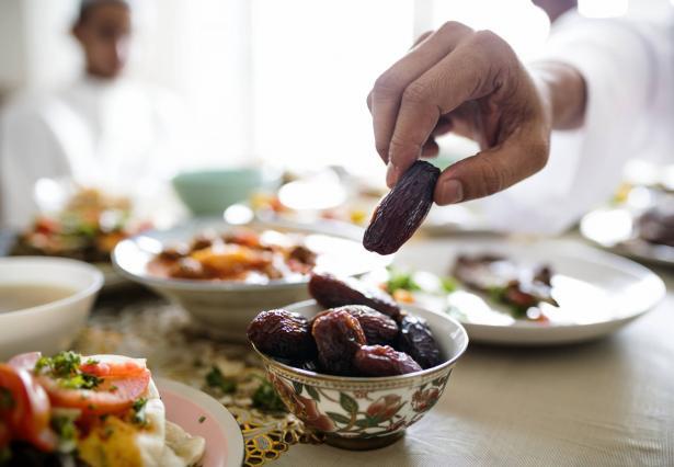 تجنب تناول هذه الأطعمة في وجبة السحور