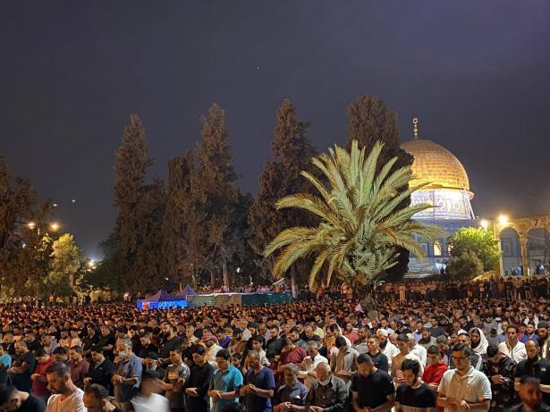 الشرطة الإسرائيلية ستتيح جولات استفزازية للمستوطنين في القدس يوم الإثنين