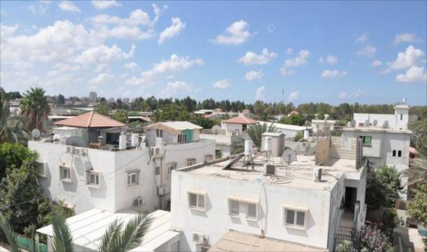سياستهم لعبة معروفة لسكان حي دهمش في  اللد - استمعوا لعرفات اسماعيل.
