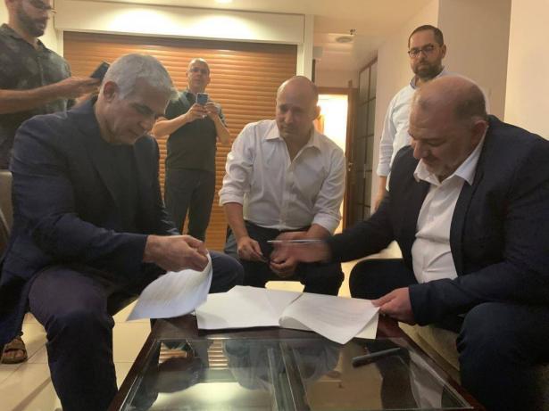 ما هي تحديات الحكومة الجديدة؟ وما دور العرب في الساحة السياسية الجديدة؟