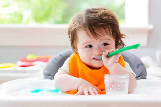 في يوم الطفل العالمي: كيف نحافظ على تغذية صحية وسليمة لأطفالنا؟
