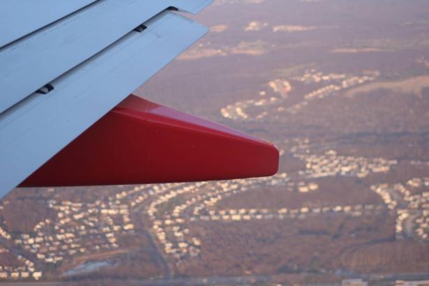 توقعات بعام سياحي سيء آخر: شركات الطيران تعبّر عن قلقها رغم تحسن الآفاق في ظل جائحة كورونا