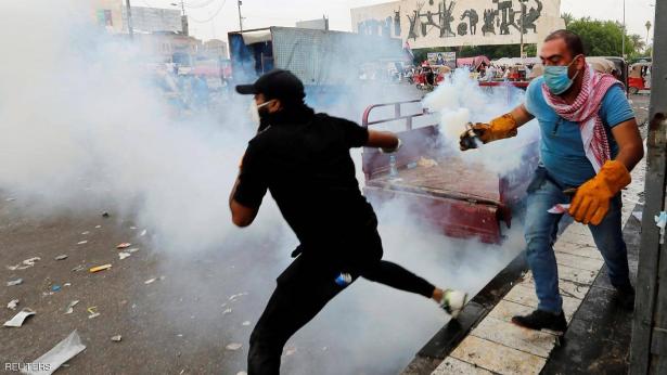 إصابة عشرات الفلسطينيين بالاختناق جراء إستنشاقهم الغار المسيل للدموع