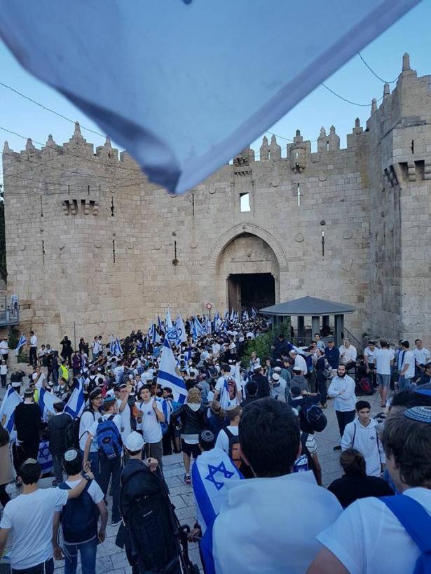 بين ذكرى النكسة ومسيرة الاعلام هل امكانية تقسيم القدس ما زالت عمليه د.عيران صدقياهو