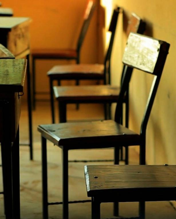 2700 طالب لا يذهبون للمدرسة في قرية الفرعة