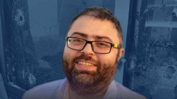 إطلاق النار على منزل الصحفي نضال إغـبارية