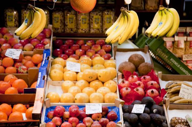 الفاكهة هذا الصيف للأغنياء فقط!