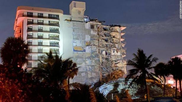 انهيار مبنى في فلوريدا: استخراج 3 جثث و99 مفقودين