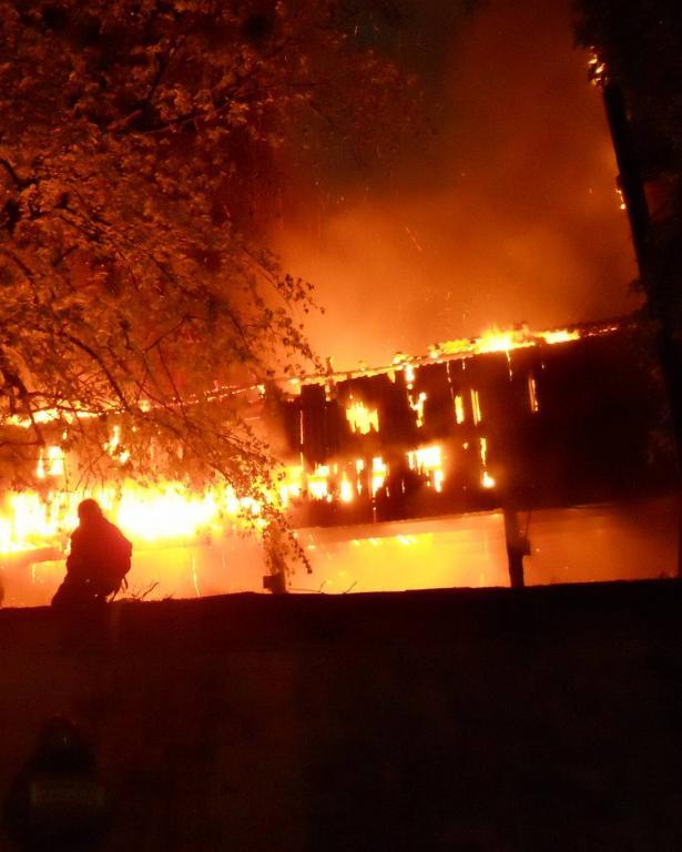الصين: لقي 18 شخصا حتفهم في حريق اندلع في مدرسة للفنون القتالية