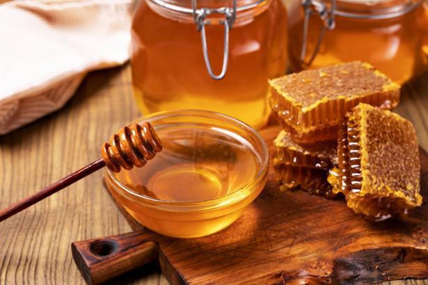 العسل ليس مجرد مادة طبيعية حلوة المذاق: تعرفوا على فوائده الصحية!