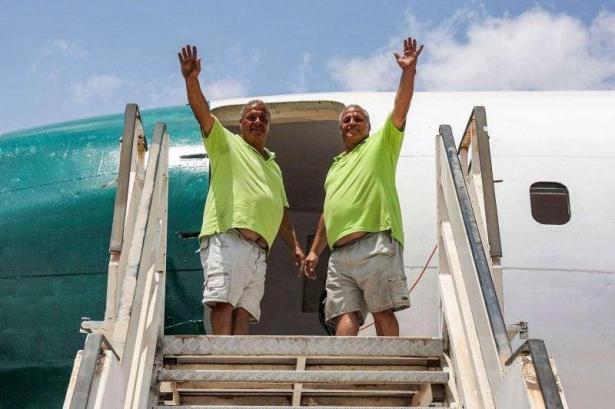شقيقان فلسطينيان يحولان طائرة لمطعم وكوفي شوب الخطوط الجوية الفلسطينية الأردنية قرب نابلس