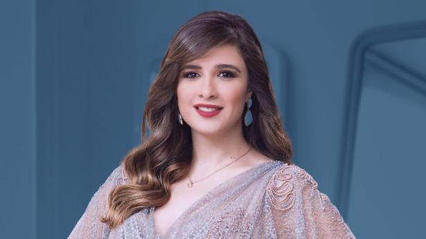 ماذا حدث مع ياسمين عبد العزيز؟ ..