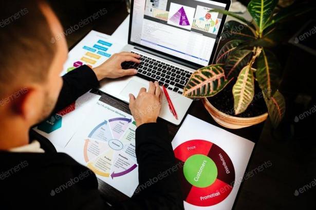 هل بات التسويق الالكتروني يقضي على أساليب التسويق التقليدية؟