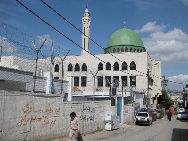 استشهاد فتى برصاص الجيش الاسرائيلي في مخيم بلاطة بعد عملية اقتحام واسعة جدا للمخيم