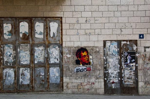 حافظ البرغوثي: عايشت ناجي العلي ورسوماته اغضبت الكثيرين، يوم اغتياله عشت حالة من اللا وعي لساعات