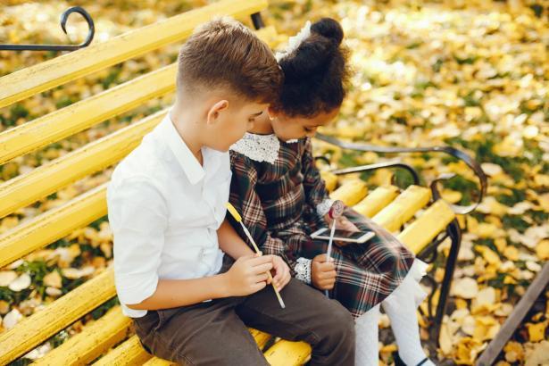 كيف نعلّم أبناءنا ثقافة الاحترام؟