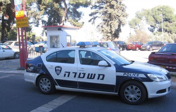 إصابة شاب بجراح خطيرة إثر اطلاق رصاص عليه قرب منزله في الناصرة..