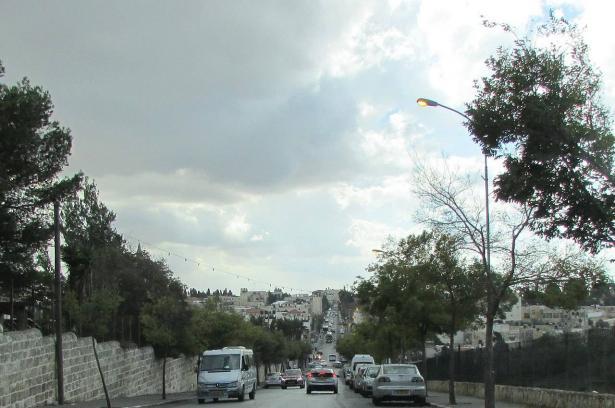 إصابة إمرأة بعيار مطاطي في الرأس خلال اقتحام القوات الاسرائيلية للبلدة المقدسية