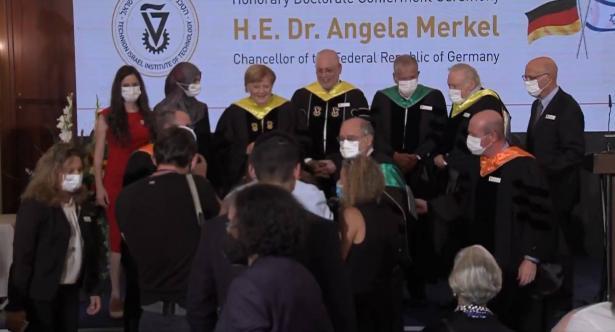 التخنيون يمنح لقب الدكتوراه الفخريّة للمستشارة الألمانية أنجيلا ميركل لدى زيارتها للبلاد
