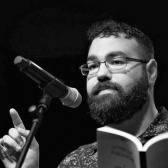 الروائي عبد الرزاق قرنح يفوز بنوبل للأدب عن